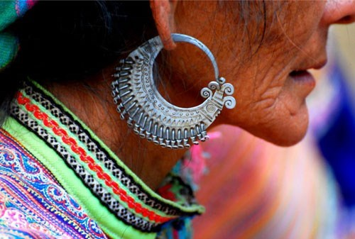 Earrings – highlights of H'mong ethnic people hinh anh 1
