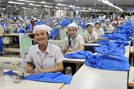 Vietnam aims to create 1.6 million new jobs in 2017 hinh anh 1
