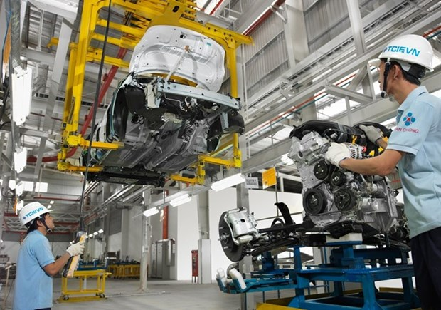 Industrial production rises slightly hinh anh 1
