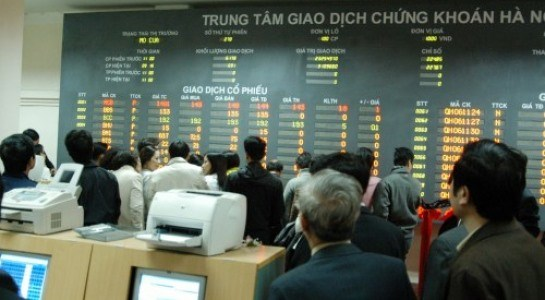 Local shares advance marginally hinh anh 1