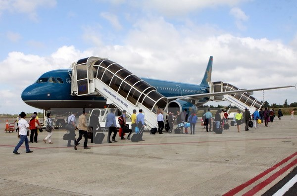 Vietnam Airlines to sell, lease back four aircraft hinh anh 1