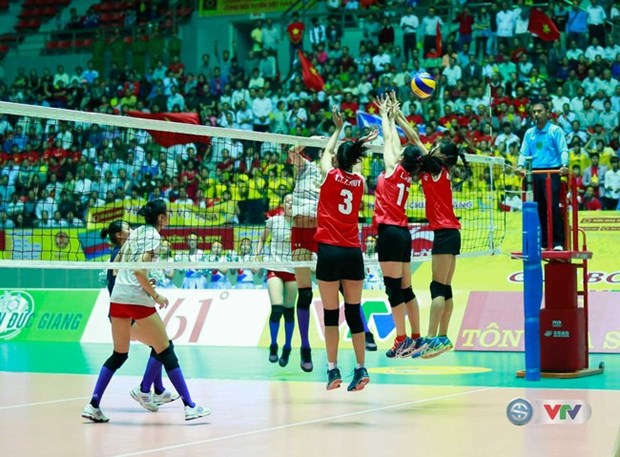 Four foreign teams compete at int'l volleyball tourney in Vietnam hinh anh 1
