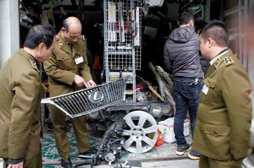 Stolen auto parts market thrives despite infamy hinh anh 1