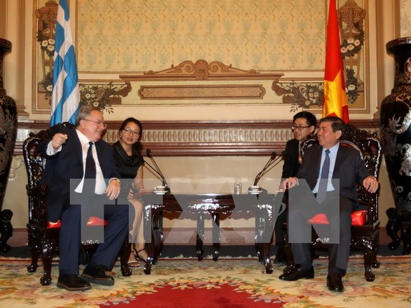 Greece wants to develop seaport partnership with HCM City hinh anh 1