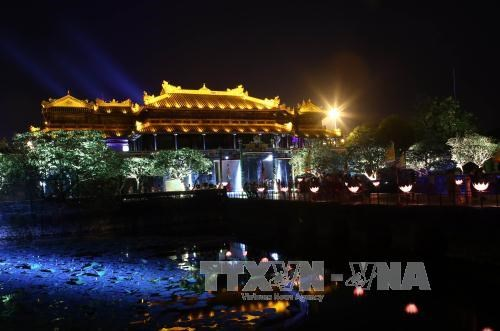 Hue ancient citadel to receive tourists at night hinh anh 1