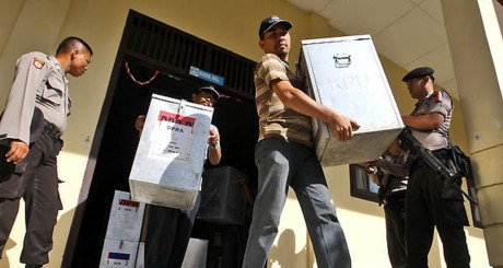 Regional head election runs smoothly in Jakarta hinh anh 1