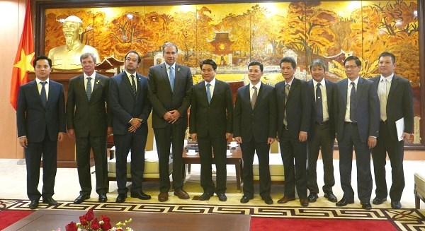 Hanoi wants increased ties with Buenos Aires hinh anh 1