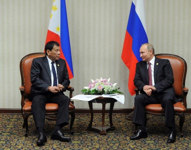 Russia offers to share intelligence with Philippines hinh anh 1