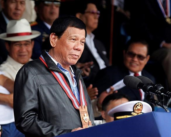 Philippine President to review decisions to close nickel mines hinh anh 1