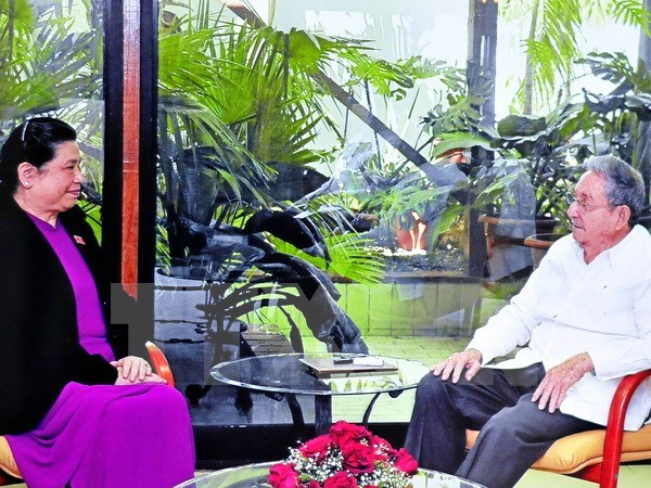 NA Vice Chairwoman renews resolve to foster ties with Cuba hinh anh 1