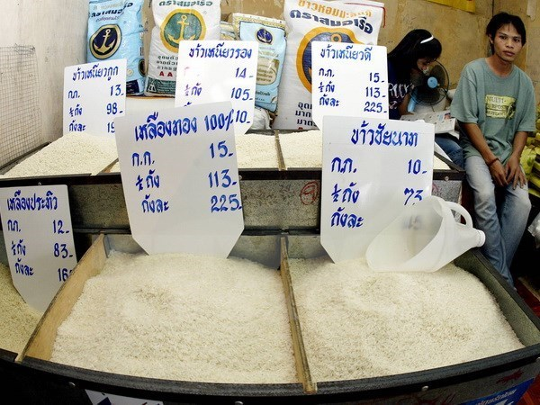 Thai rice auction draws bidders hinh anh 1