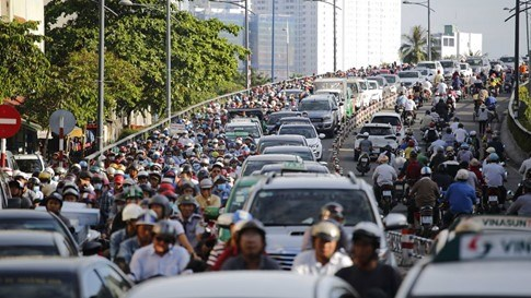HCM City details plan to tackle traffic congestion hinh anh 1
