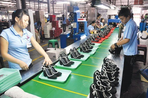 2011-16: VN gains almost 60bln USD in footwear export hinh anh 1