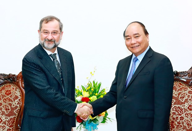 Prime Minister welcomes new Slovenian Ambassador hinh anh 1