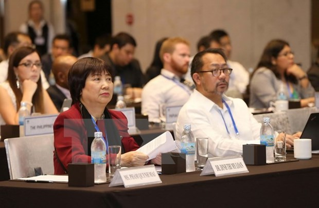 APEC public-private dialogue on services opens hinh anh 1