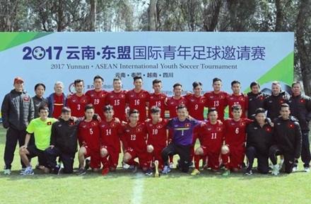 Vietnam U19s beat Thailand hinh anh 1