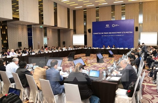 APEC SOM1 continues agenda with series of meetings hinh anh 1