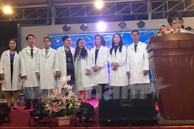 Vietnamese doctors establish association in Cambodia hinh anh 1