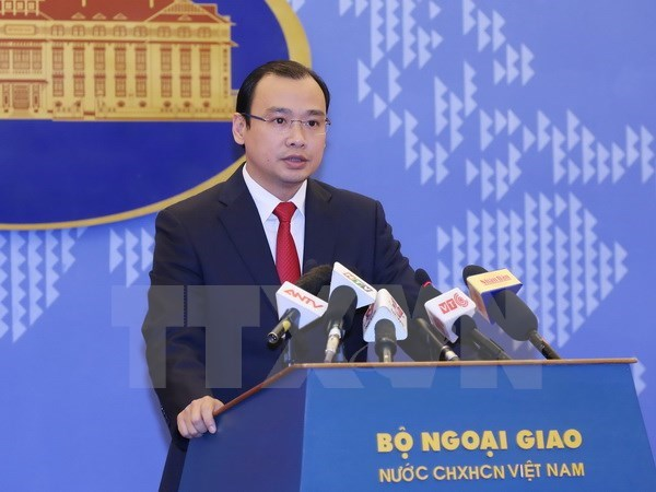 Vietnam rejects China's new fishing regulations hinh anh 1