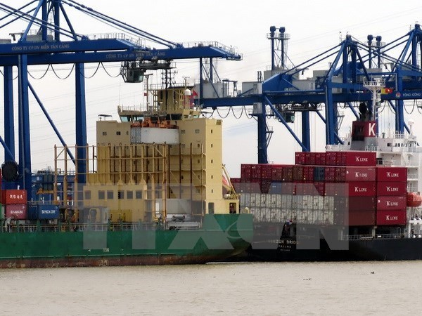 VN posts trade deficit of 1.2 bln USD in February hinh anh 1