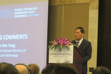 Conference spotlights significance of science, technology growth hinh anh 1