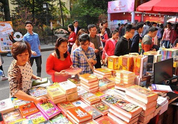 Hanoi leader vows to bring best works to Frankfurt Book Fair hinh anh 1