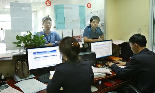 Hanoi Customs launches online public services hinh anh 1