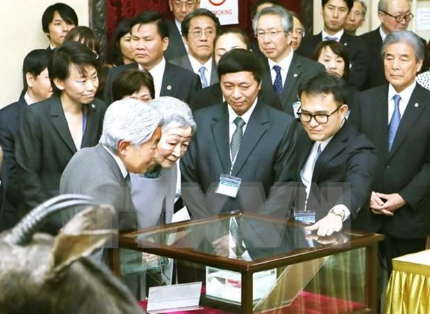 Japanese Emperor, Empress visit biology museum in Hanoi hinh anh 1