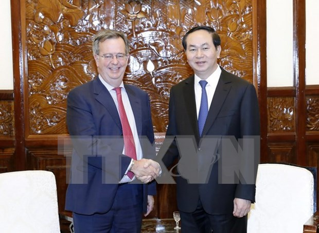 Vietnam promotes multi-faceted cooperation with Spain hinh anh 1