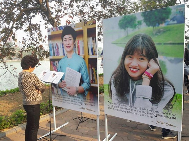 Arts event fights for gender equality hinh anh 1