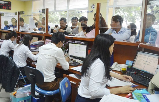 Hanoi's public offices to work on Saturday mornings hinh anh 1