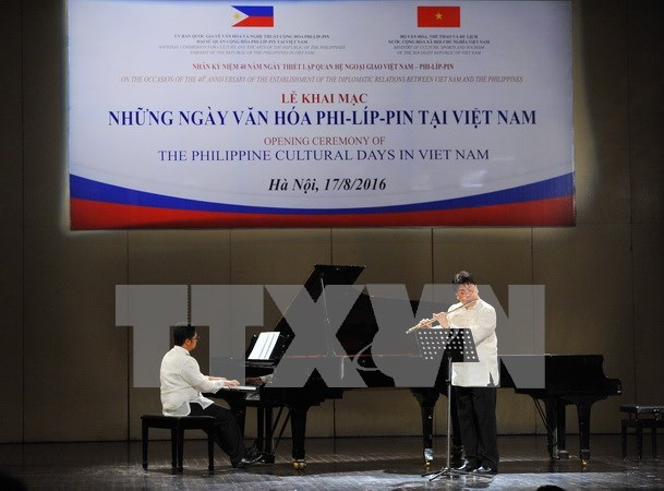 President Duterte: Philippines, Vietnam should step up cooperation hinh anh 1