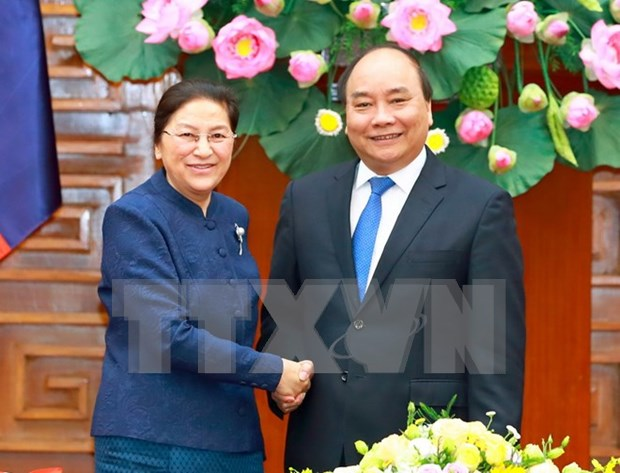 Prime Minister receives Lao National Assembly Chairwoman hinh anh 1
