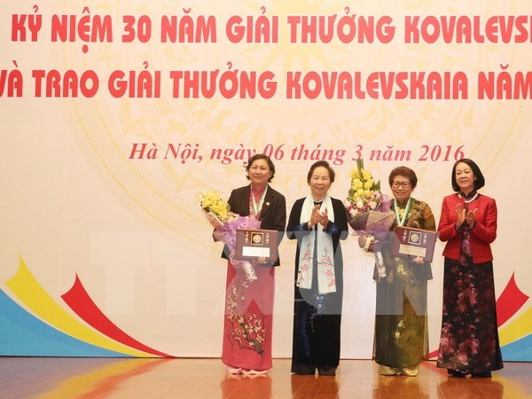 Kovalevskaya awards honour Vietnamese female scientists hinh anh 1