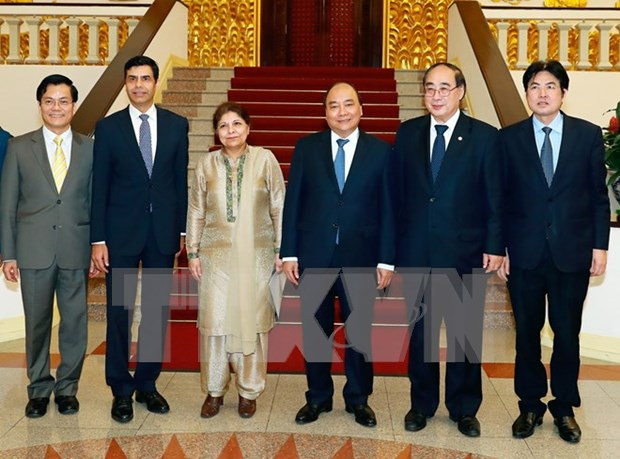 Prime Minister meets with UN Under-Secretary-Generals in Hanoi hinh anh 1