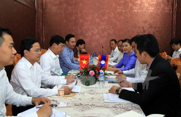 Vietnam, Laos youth unions forge stronger ties hinh anh 1