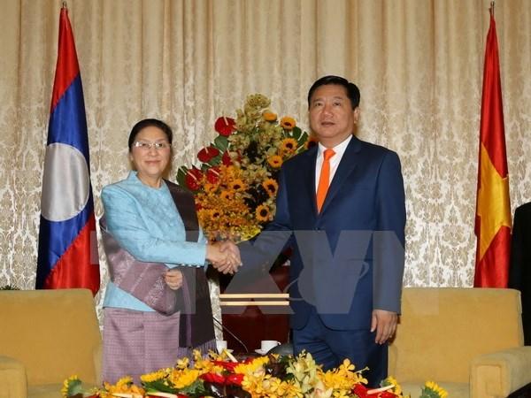 HCM City leader receives Lao legislative body head hinh anh 1