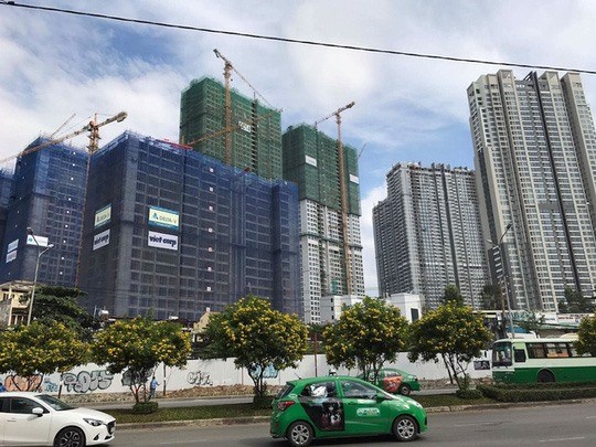 HCM City property firms aim for cooperation, stability hinh anh 1