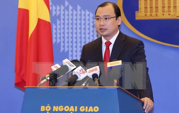 China urged to respect Vietnam's sovereignty, international law hinh anh 1