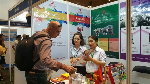 Dairy firms optimistic about growth hinh anh 1