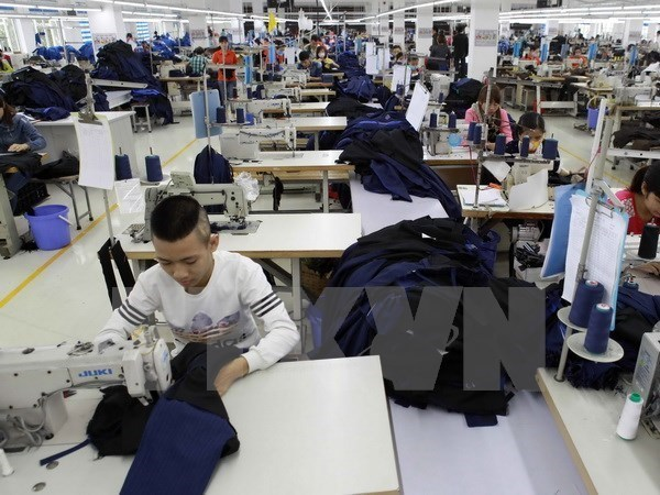 FDI firms praise Vietnam's reform efforts hinh anh 1