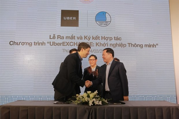 Uber links up with youth federation to help startups hinh anh 1