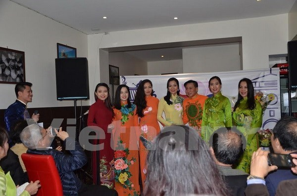 Cultural association of expats promotes Vietnam in Europe hinh anh 1