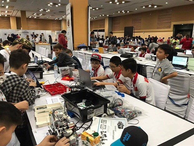 Robot Talent Contest for students announced hinh anh 1