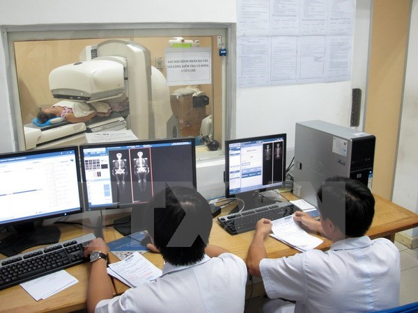 Hungary helps Can Tho build new oncology hospital hinh anh 1