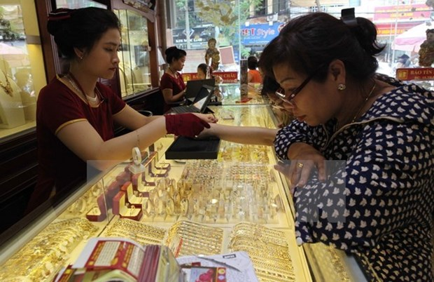 Domestic market not affected much by Fed's interest hike hinh anh 1
