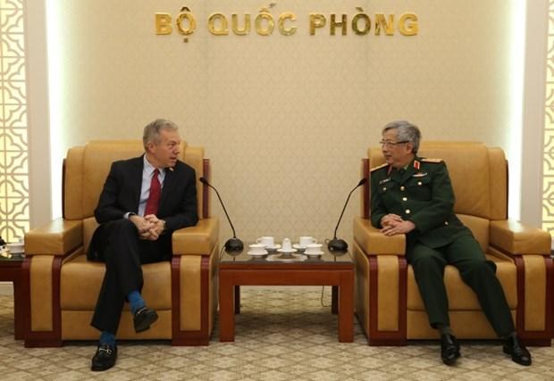 Vietnam, US seek ways to enhance defence cooperation hinh anh 1