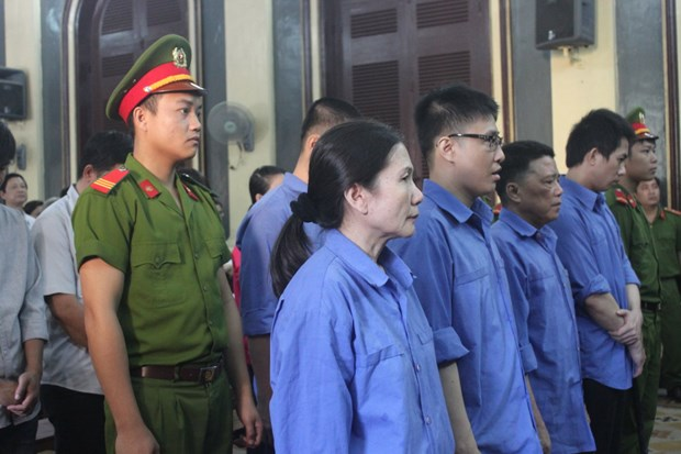 HCM City: Ex-bankers brought to trial for embezzlement hinh anh 1
