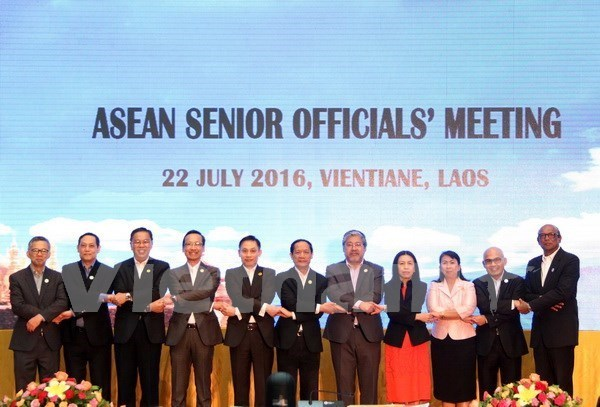 Senior officials meet in Manila to prepare for ASEAN Summit hinh anh 1