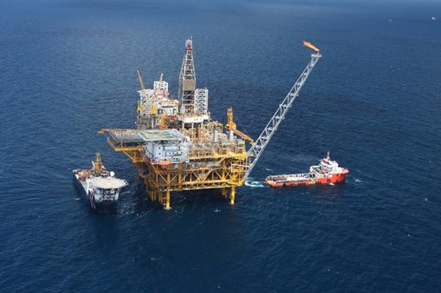 Oil exploitation exceeds Q1's target hinh anh 1